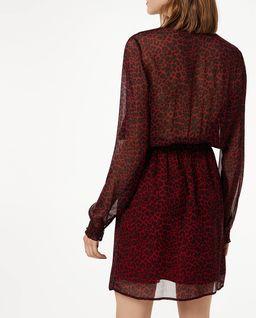 Bordowa sukienka z paskiem