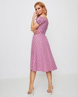 Różowa sukienka midi w grochy