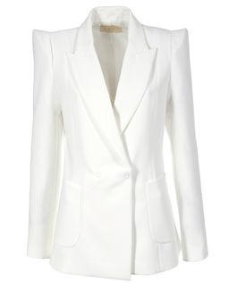 Biały żakiet z futurystyczną linią ramion