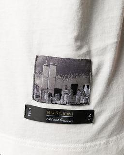 Biały t-shirt z logo