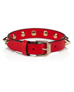 Czerwona bransoletka z ćwiekami