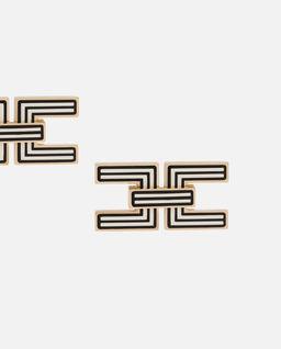 Kolczyki z logo marki