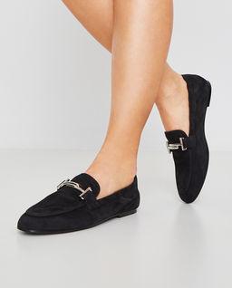 Czarne zamszowe loafery