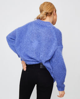 Niebieski sweter Idol