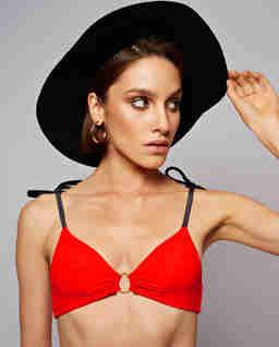 Czerwony top od bikini Billie