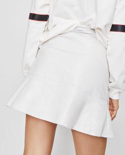 Biała spódnica z zamkiem Manioca
