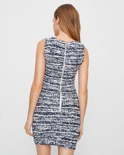 Tweedowa sukienka z guzikami