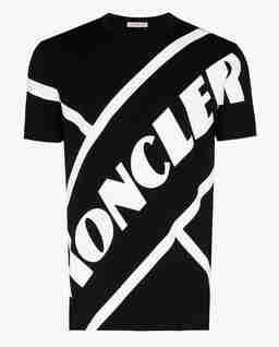Czarna koszulka z nadrukiem