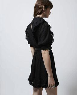 Czarna sukienka z falbankami