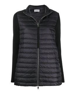 Pikowana kurtka z dzianinowymi rękawami