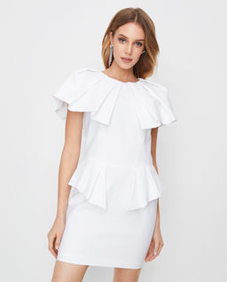Biała sukienka z baskinką