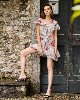 Sukienka z jedwabiu mini z falbanami Jamie