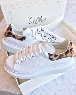 Sneakersy s podrážkou 4 cm