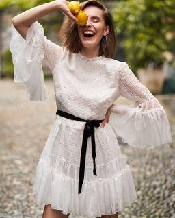 Biała sukienka z jedwabiu Arya