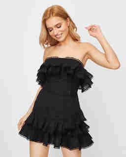 Sukienka z odkrytymi ramionami Salma