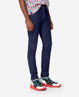 Granatowe jeansy rurki