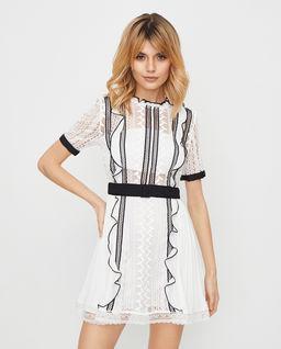 Biała sukienka z koronki