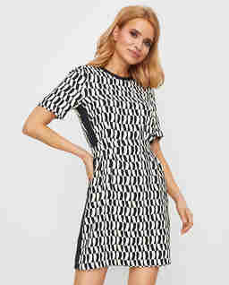 Sukienka w geometryczne wzory Canon