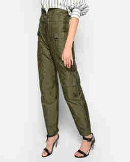 Zielone spodnie z paskiem