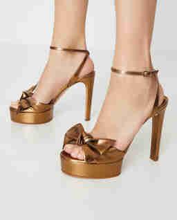 Złote sandały na platformie Diva Linda