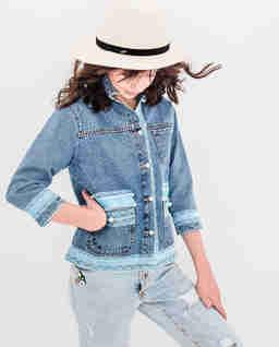 Kurtka jeansowa z koronką