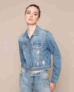 Jeansowa kurtka z kryształami
