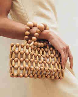 Drewniana torebka do ręki Cora