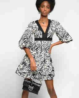 Sukienka z japońskim printem Balto