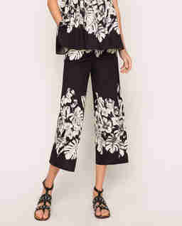 Szerokie spodnie z orientalnym motywem