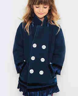 Jeansowa kurtka z ozdobnymi guzikami