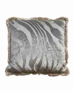 Szara poduszka z motywem zebry