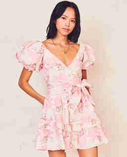 Sukienka w kwiaty Zelle