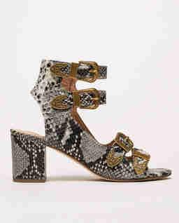 Skórzane sandały w stylu Python