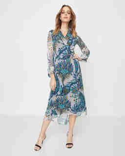 Niebieska sukienka z jedwabiu