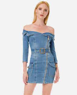 Jeansowa sukienka off- shoulder