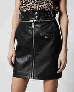 Czarna spódnica mini ze skóry