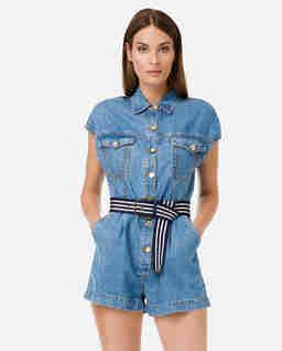 Jeansowy kombinezon z paskiem