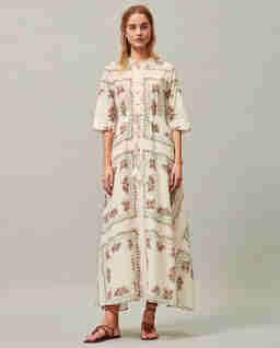 Długa sukienka z kwiatowym wzorem