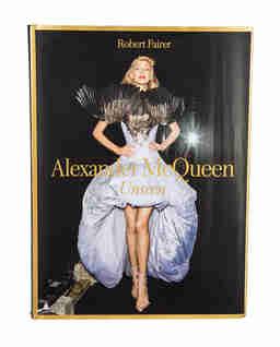 Album Alexander McQueen Unseen
