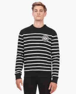 Sweter w paski z naszywką