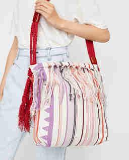 Bawełniana torebka z frędzlami Marakoo