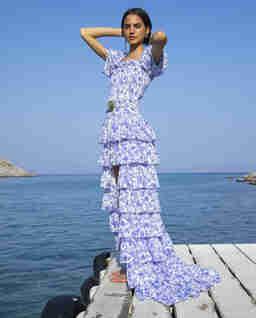 Niebieska sukienka w kwiaty Malta