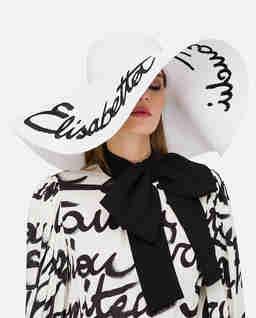 Biały kapelusz z hatowanym autografem