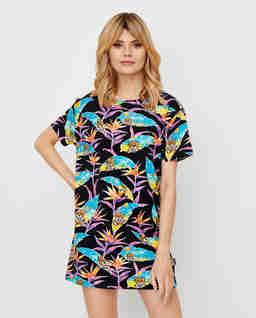 Sukienka z motywem palm