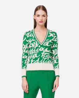 Zielony sweter z nadrukiem