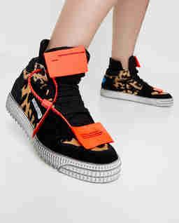 Skórzane sneakersy Off-Court  3.0