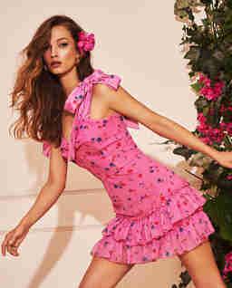Różowa sukienka z falbanami Lola