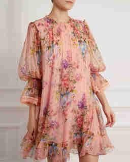 Różowa sukienka z szyfonu