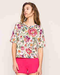Kolorowy sweter z motywem kwiatów