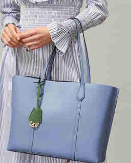 Niebieska torebka Perry